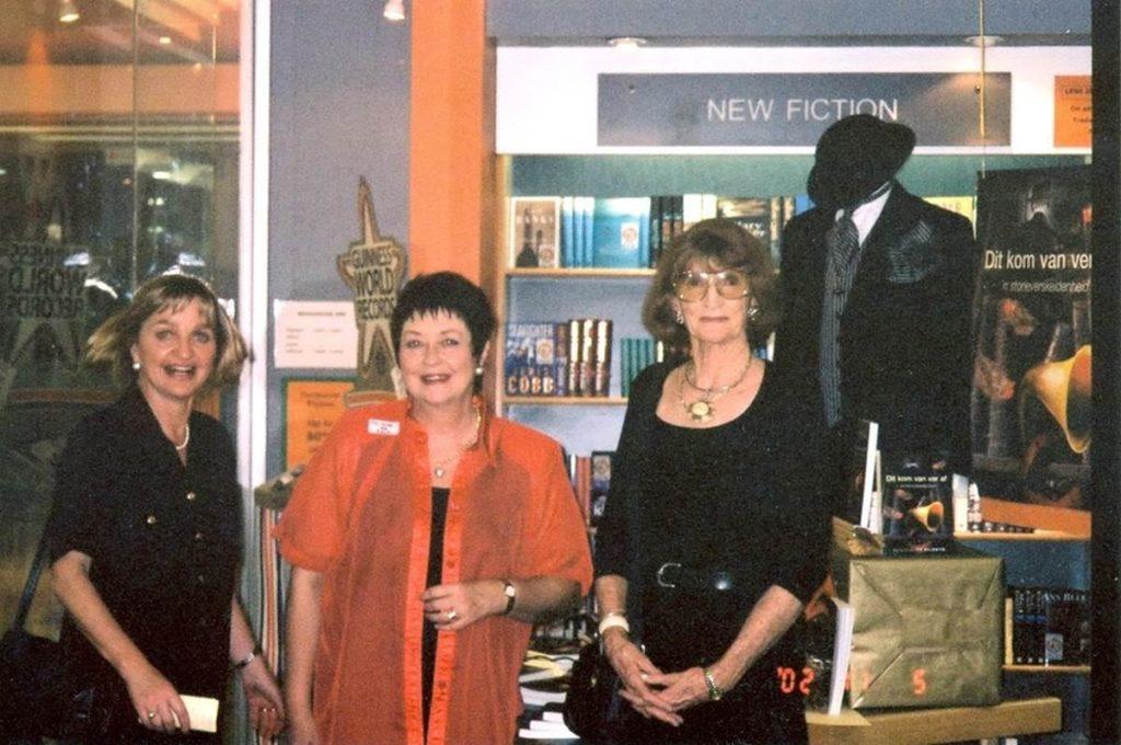 Bekendstelling van Litera se eerste titel, Dit kom van ver af , Pretoria, 2002
